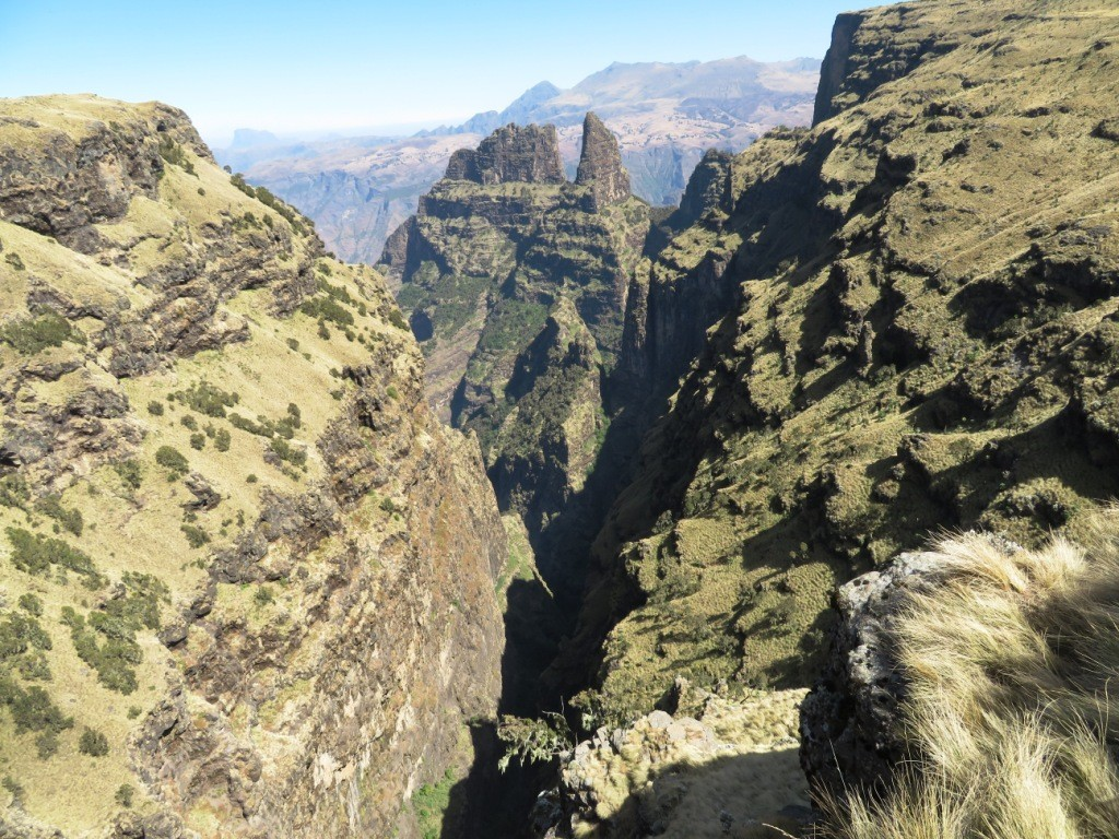 No way down from the ragged edge of the Simien escarpment